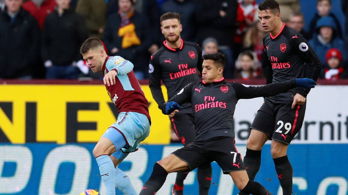 Burnley 0-1 Arsenal: Alexis anotó de penal