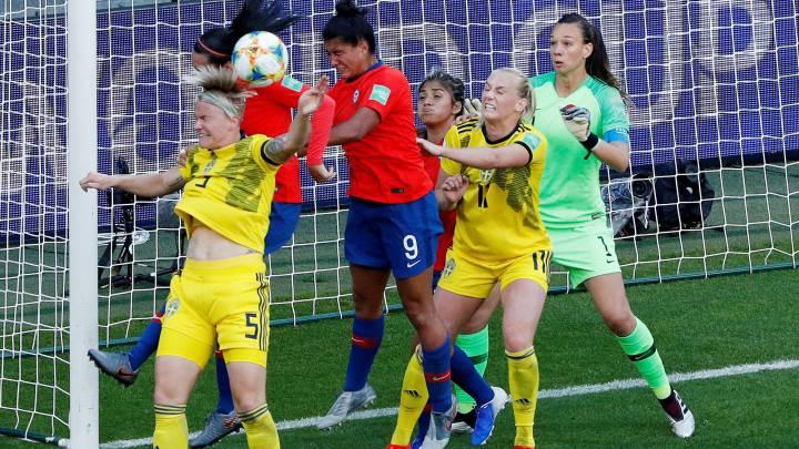 Derrota bajo la lluvia: La Selección Femenina cae en su debut en el Mundial de Francia