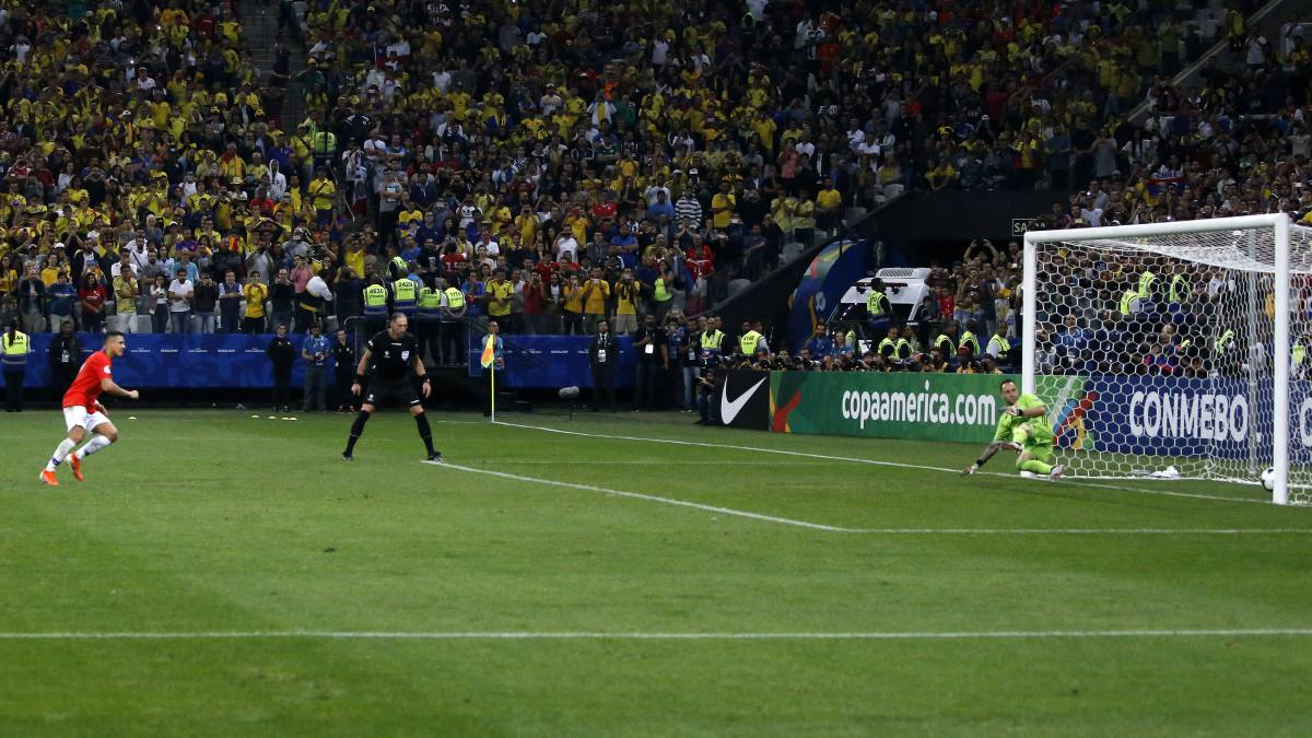 Chile eliminó a Colombia por penales y es semifinalista