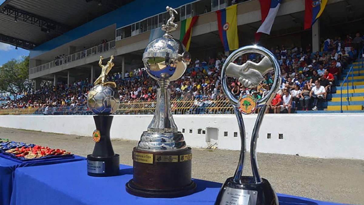 La abismal diferencia de premios entre la Libertadores masculina y la  femenina - AS Chile