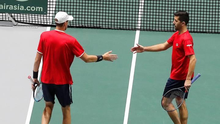 Podlipnik y Jarry cerraron la debacle chilena en la Davis