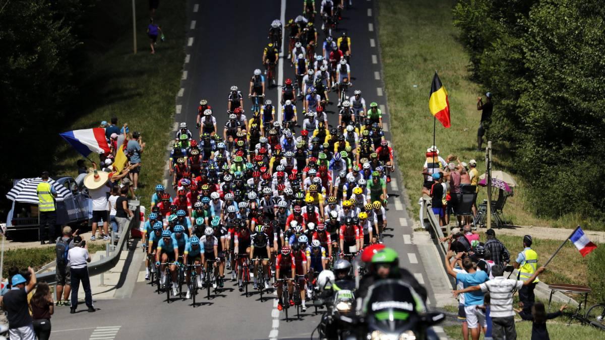 Sigue la etapa 2 de la Vuelta a España 2017 en directo online, que irá de Nimes a Gruissan-Narbonne; hoy, 20 de agosto, a las 12:25 horas en AS.
