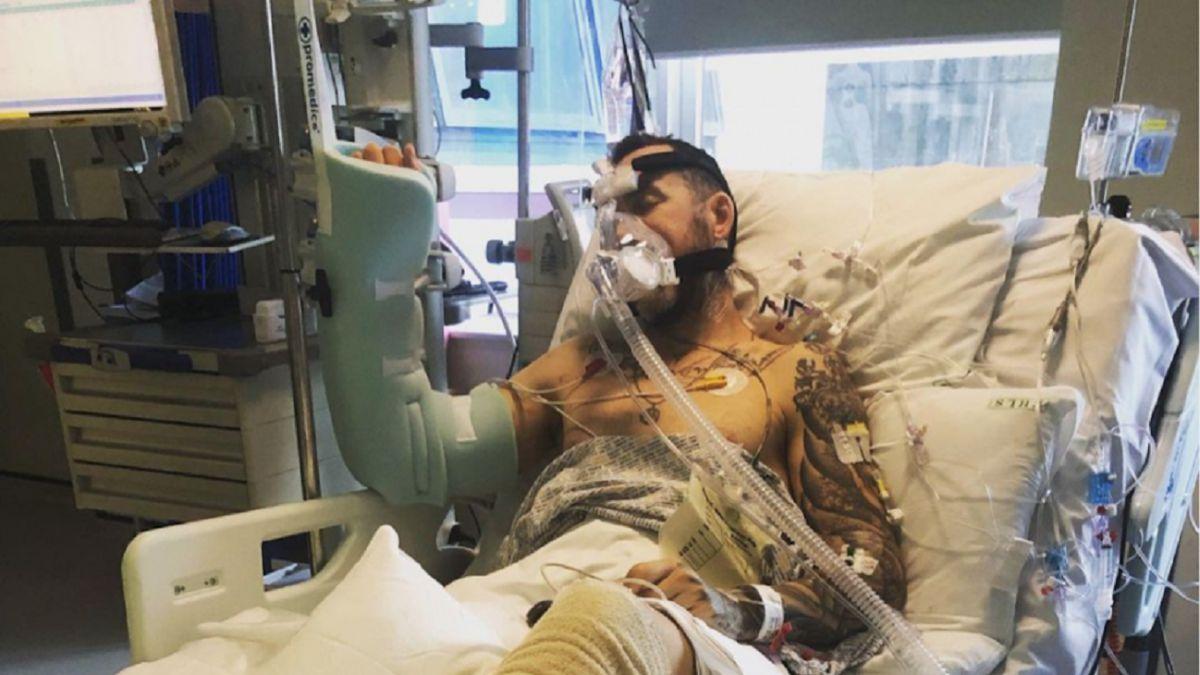 Un ciclista perdona en público al conductor que casi le mata