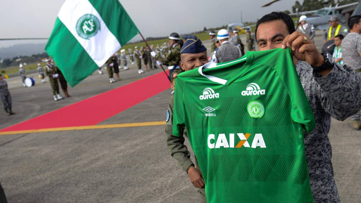 Amistad indestructible: Calle de honor para Chapecoense