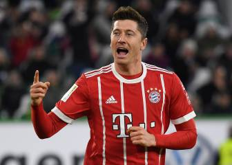 Bayern guarda a James y Lewandowski decide en el 90'