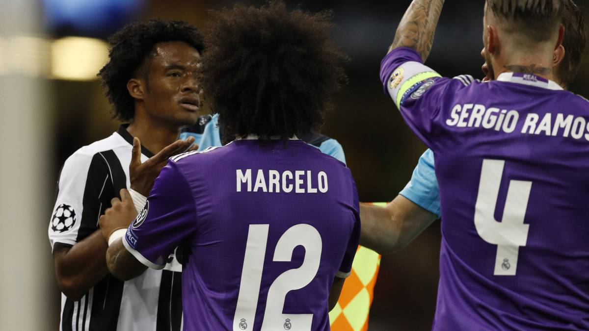 Juan Guillermo Cuadrado y Marcelo en la final de la Champions League 2016/17