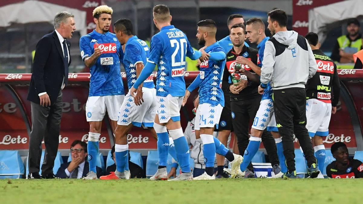 Napoli 2 - 0 Sassuolo resumen ebffb40b2011a
