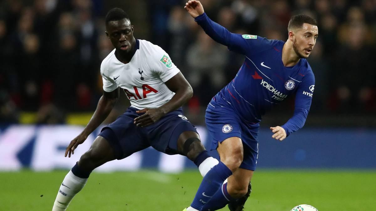 Davinso Sánchez y Eden Hazard en semifinal de la Copa de la Liga