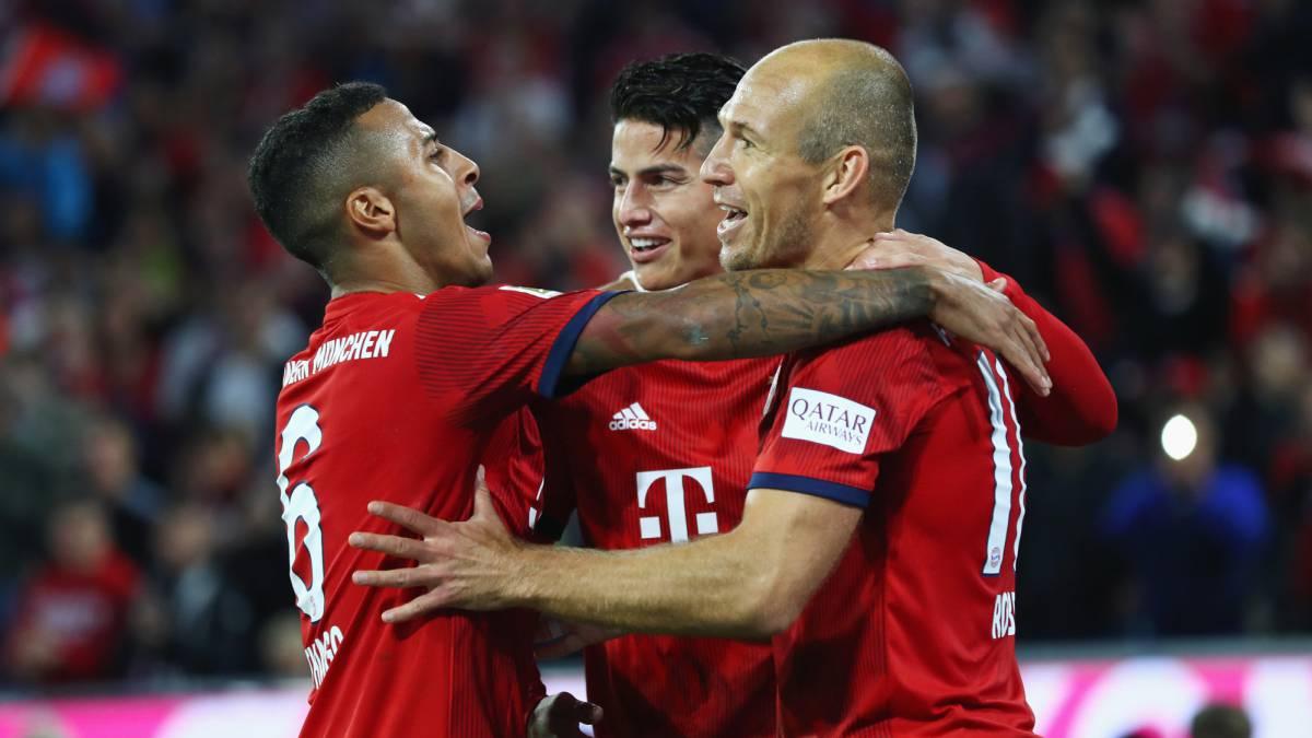 Con James Rodrígez, Bayern ganó la Telekom Cup