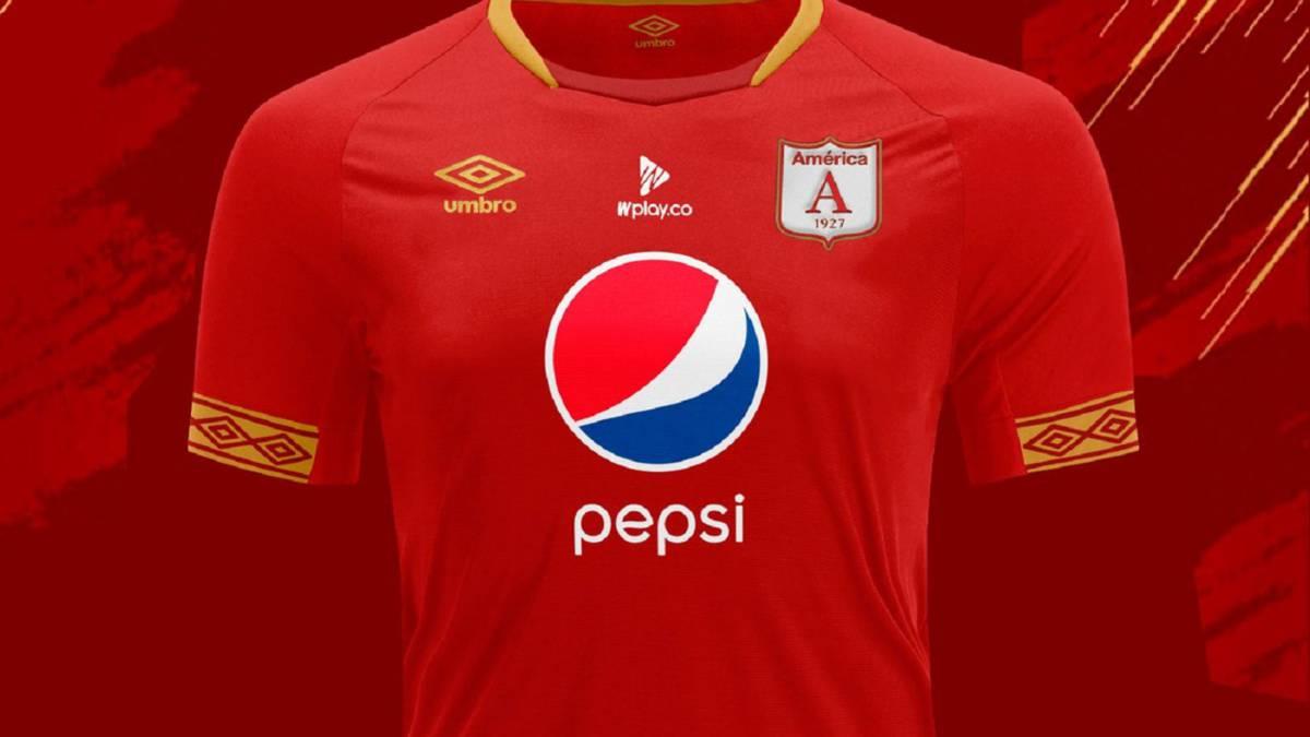 ffeaa1e447d62 América de Cali y su camiseta Umbro para esta temporada - AS Colombia