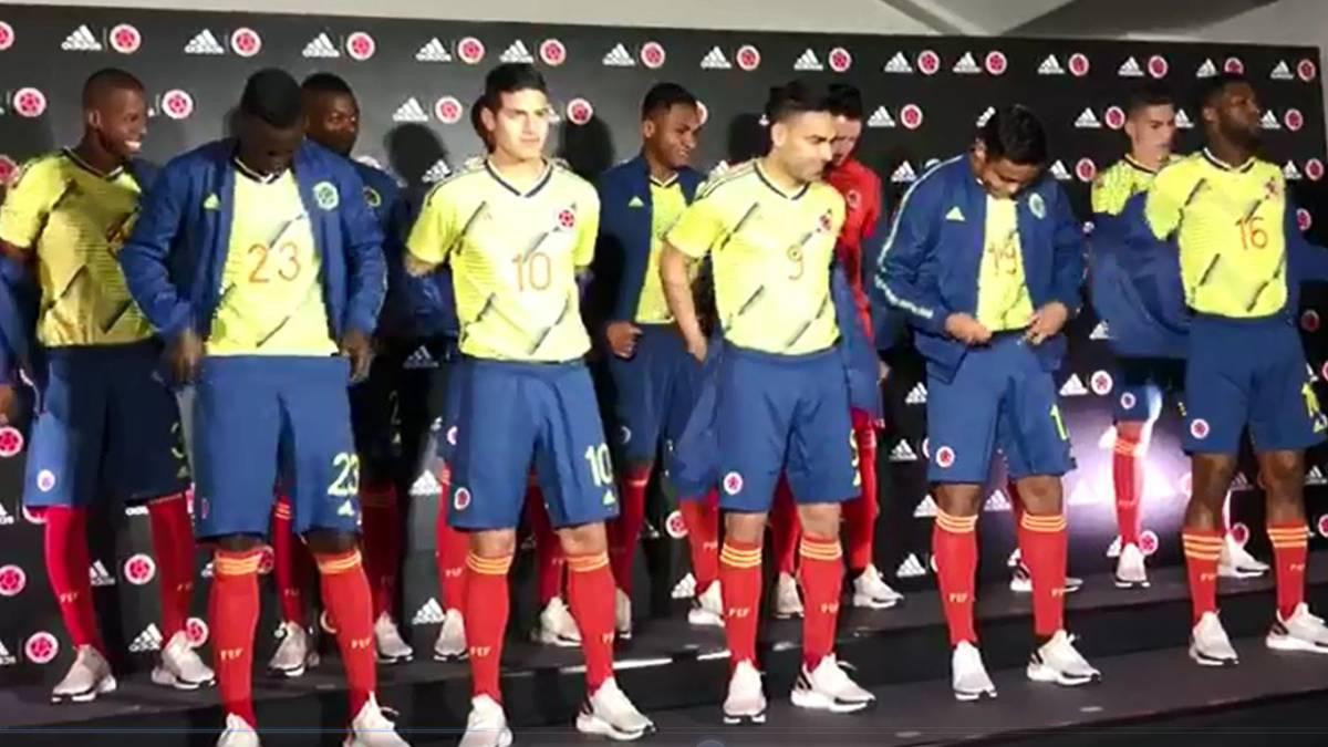 281edbe0401ff Así se dio a conocer la nueva camiseta de la Selección - AS Colombia
