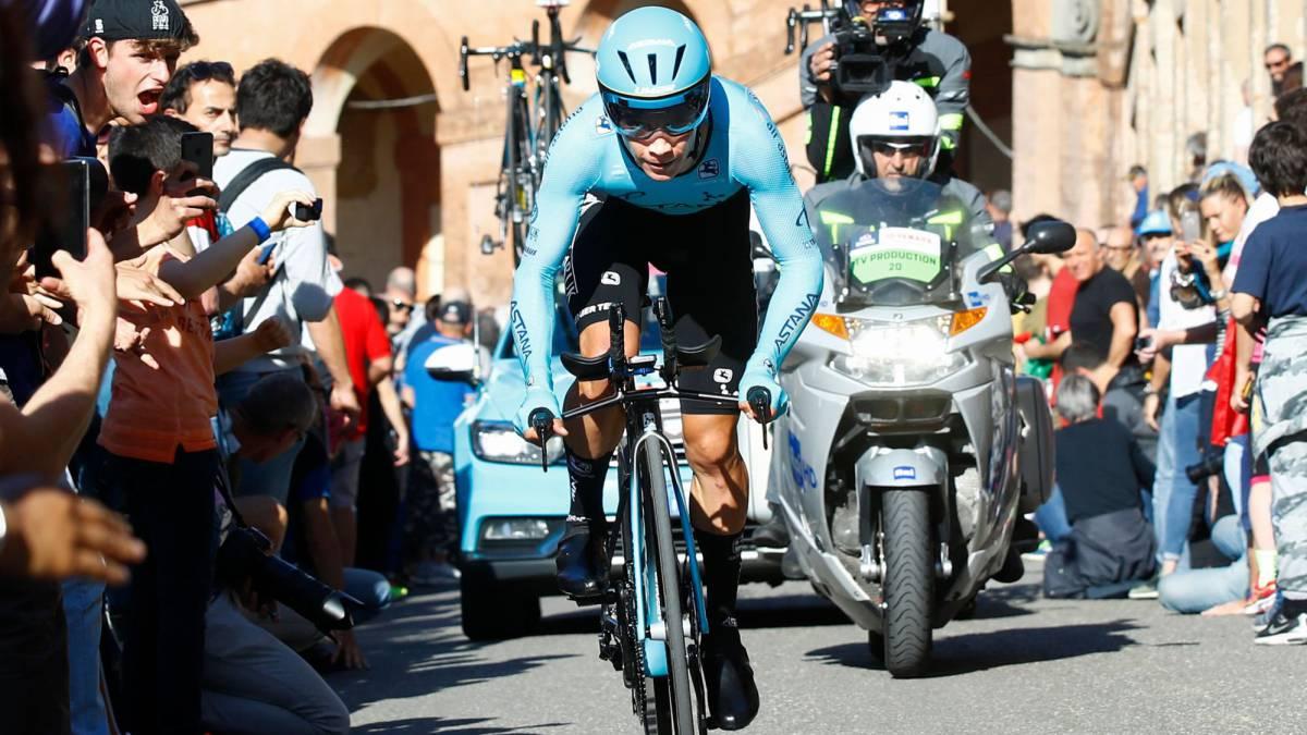 Miguel Ángel López fue el mejor colombiano en la CRI de la primera etapa del Giro de Italia. El esloveno Primoz Roglic fue el ganador con 12:54 minutos.