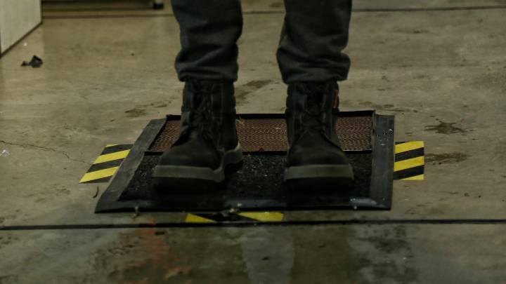 Coronavirus Colombia Cómo Hacer Un Recipiente O Tapete Para Desinfectar Los Zapatos As Colombia
