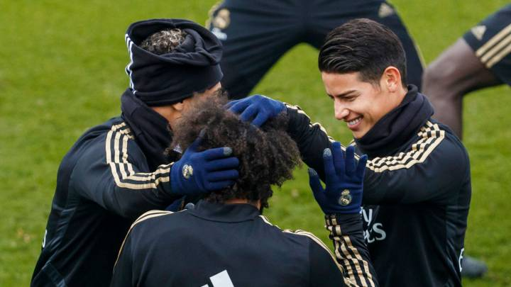 James Rodríguez no satisface al Manchester United en el intercambio por Pogba