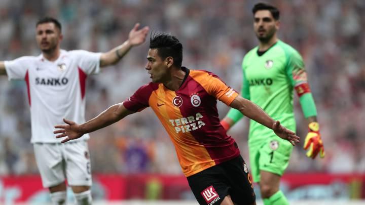Falcao anota y sale con molestias en empate de Galatasaray - AS Colombia