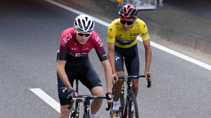 Egan Bernal y Chris Froome, del Team INEOS