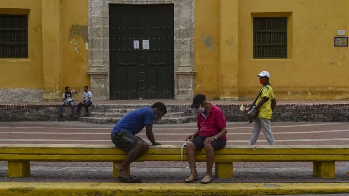 Sigue todo lo relacionado con el coronavirus en vivo y en directo Casos noticias y muertes provocadas por el Covid-19 en Colombia el 4 de octubre en Ascom