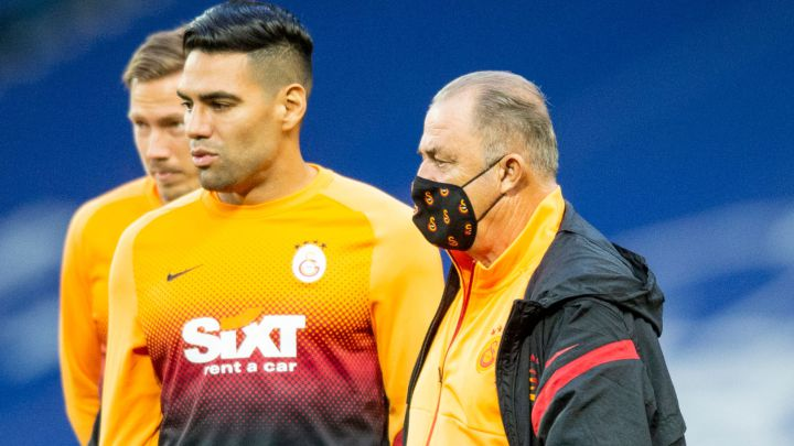 Falcao y Terim en un partido de Europa League