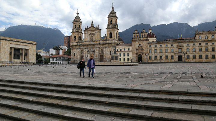 Toque de queda hoy, lunes 7 de junio: horarios y multas en Bogotá y Medellín
