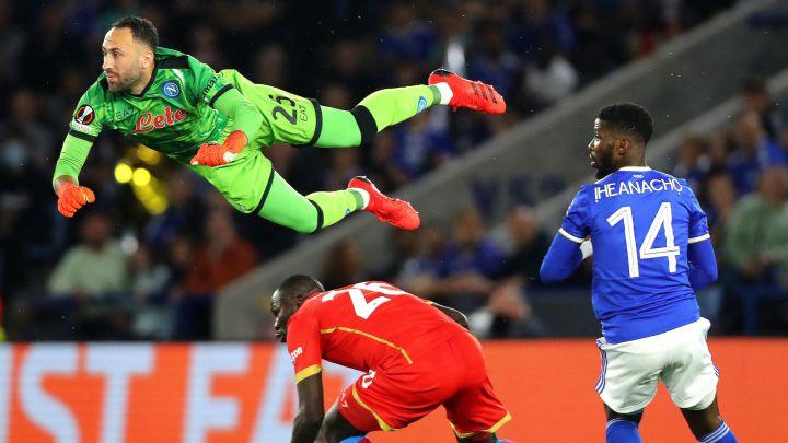 Napoli rescata un empate agónico ante Leicester City; Chucky Lozano jugó 64 minutos