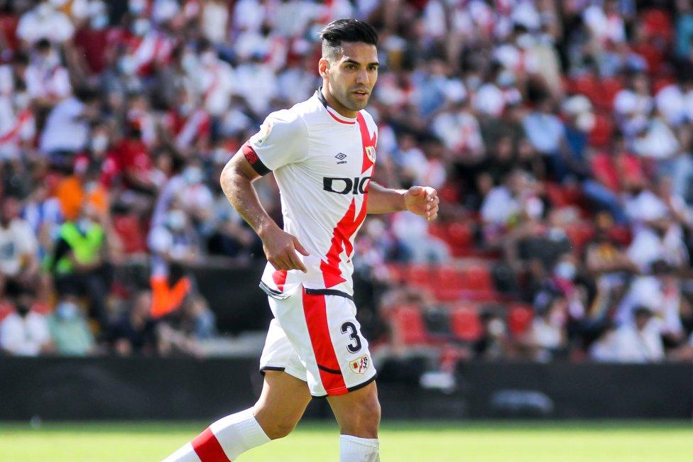 Falcao entró a la cancha al minuto 71 en lugar de Nketa y a los 81' convirtió su primer gol con la camiseta del Rayo Vallecano. Gol 53 en LaLiga, 52 con el Atlético y ya inició con el de Iraola.