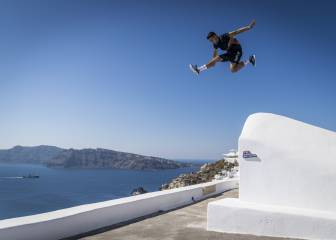 Red Bull Art of Motion 2017: espectáculo total en Santorini