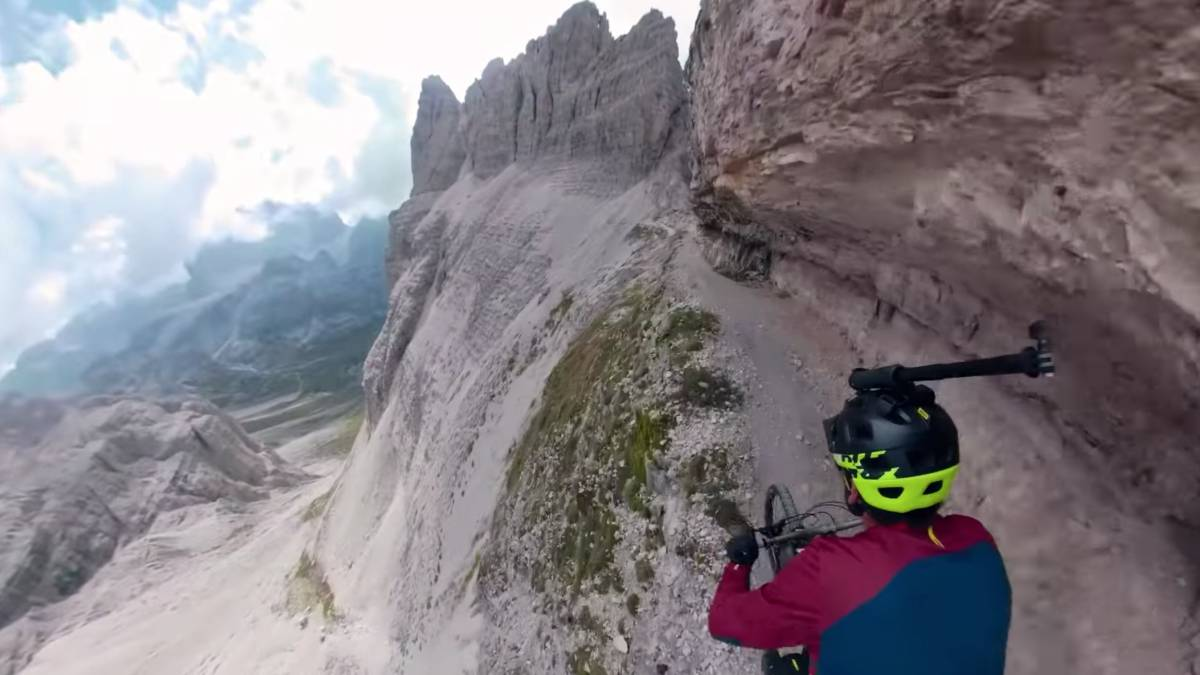 Kilian Bron, via ferrata Dolomitas mtb mountain bike