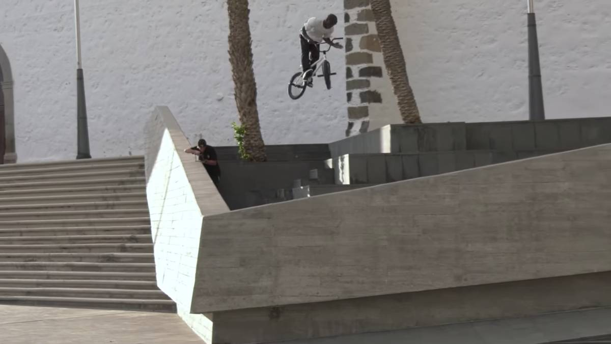 Courage Adams, Courage full edit BMX Street Vans