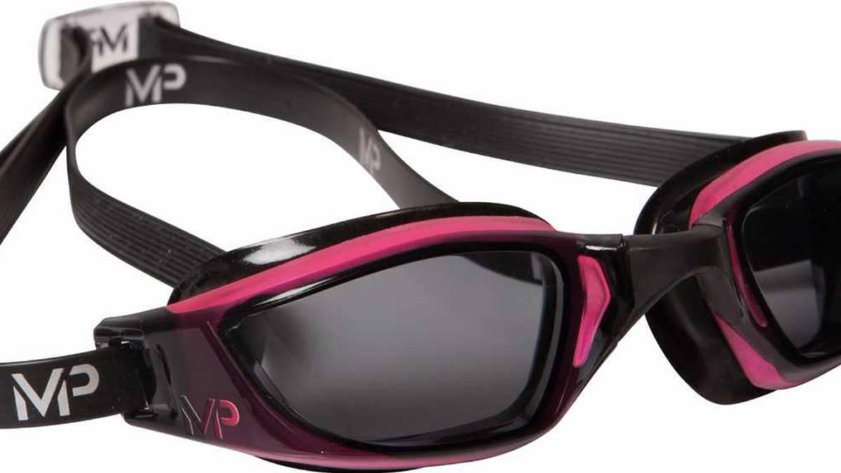 As son las gafas de nataci n dise adas por michael phelps for Gafas de piscina graduadas