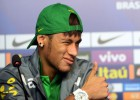 "Neymar: ""I admire Iker; it'll be an honour to score against him"""