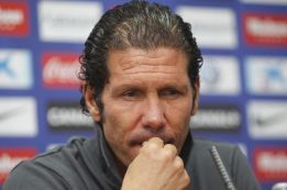 "Simeone: ""This is just a two-team league, it's boring"""