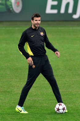 Piqué misses training and is doubtful for the Clásico