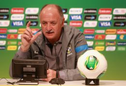 Scolari recalls Robinho as replacement for Diego Costa