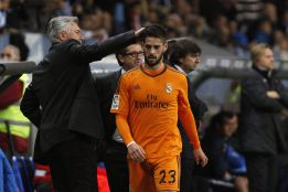 Isco and Benzema in Real Madrid squad for Clásico