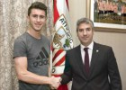 Laporte renews until 2019, with 50 million euro buy-out clause