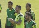 Sergio Ramos back training normally with Spain