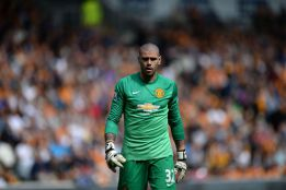 "Victor Valdés' agent tells AS: ""He's not going to Turkey"""