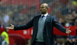 Nuno leaves Valencia