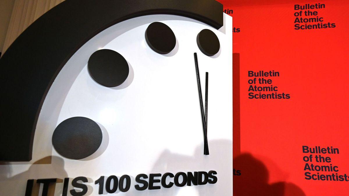 'Doomsday Clock' scientists set the Apocalypse closer and closer