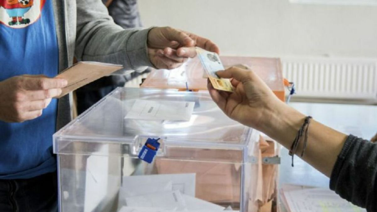Elections in Catalonia: Can you vote with an expired ID, Passport or Driver's license?
