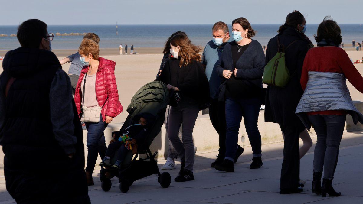 El epidemiólogo que vaticinó la pandemia pone fecha a una nueva ola