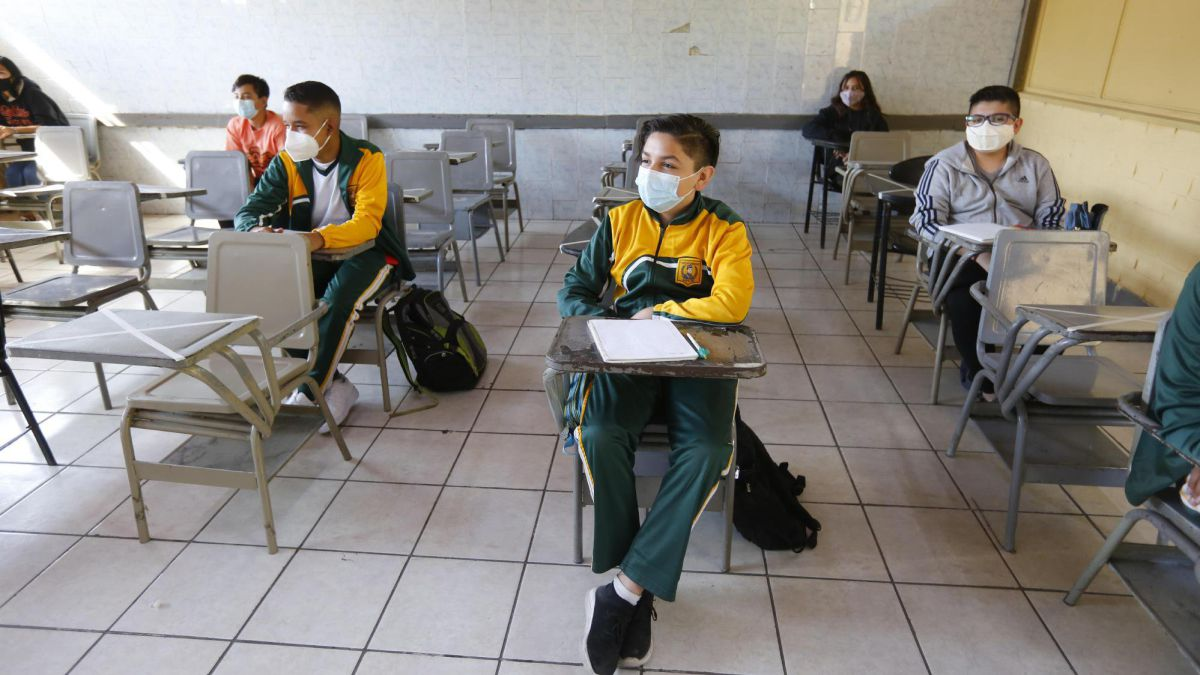 Retorno a clases presenciales en Ecuador: plan, qué colegios regresan y  cuándo comienzan - AS.com