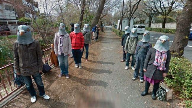 Google Maps Earth estudiantes cabeza paloma Tokio viral