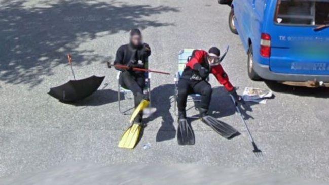 Google Maps Earth pareja Bergen Noruega buceo aparcamiento viral