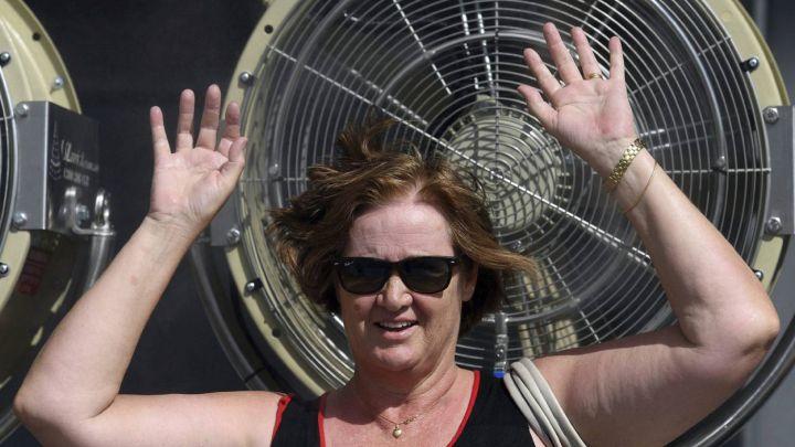 ¿Aire acondicionado o ventilador? Pros y contras para combatir la ola de calor en verano