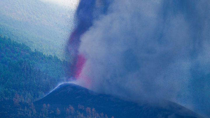 El dióxido de azufre del volcán de La Palma llegará a la Península en los próximos días