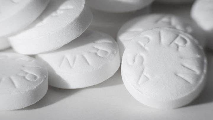 Expertos desaconsejan la toma de aspirina para evitar infartos