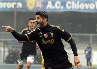 Morata double helps steer Juve to top of Serie A