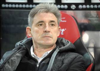 Ligue 1 basement club Troyes sack Claude Robin