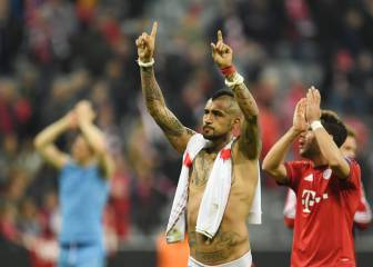 Benfica lose match but win hearts